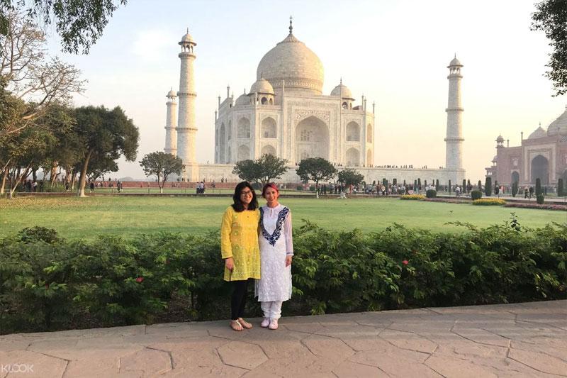 Sunrise Raj Mahal Tour